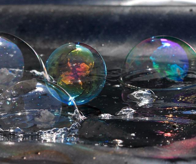 soap-bubbles-860547_640